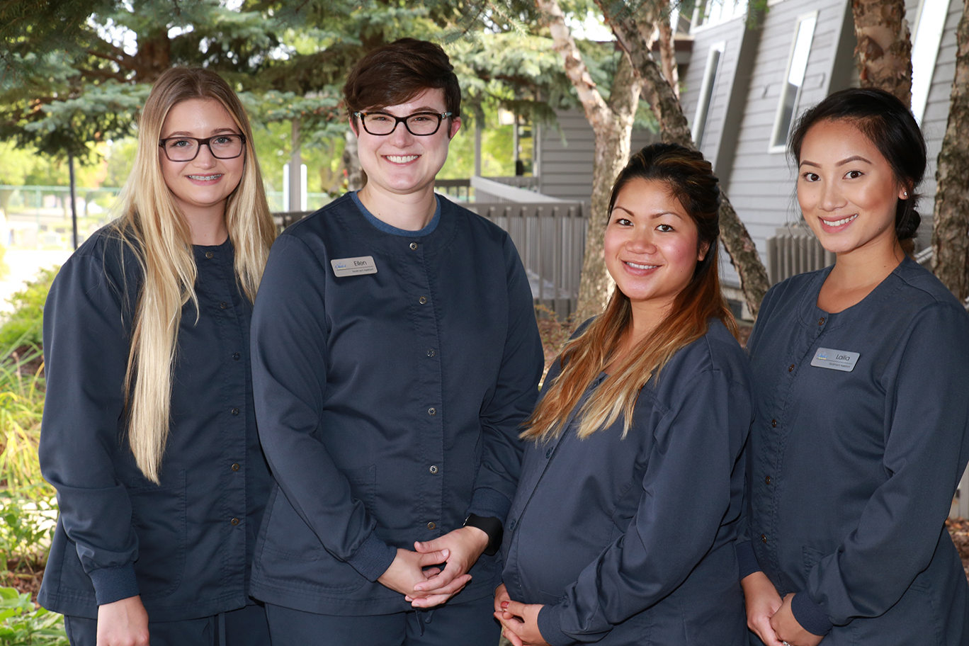 St Paul Chalet Dental Care Dental Assistants